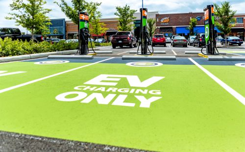 EV Charging Stalwart ChargePoint Seeks $2.4B Valuation in Reverse Merger