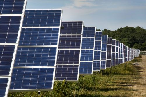 Illinois Awards 215 Megawatts of Community Solar, but Developers Left Hungry