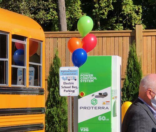 www.greentechmedia.com