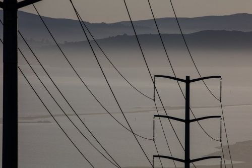 California on Edge as PG&E's Power Outage Plan Goes Into Effect