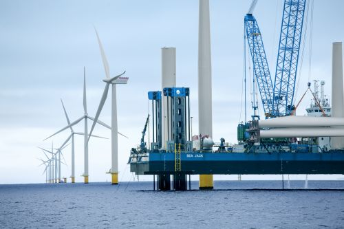 5 Orsted US Offshore Wind Projects Face Possible Delay Due to COVID-19, Permitting Challenges