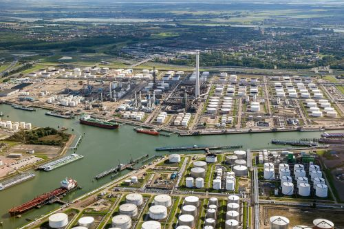 Oil Giant BP Joins Nouryon in Rotterdam Hydrogen Quest
