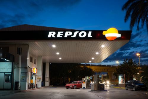Repsol Invests in Storage Startup Ampere Amid Shift to Cleaner Energy