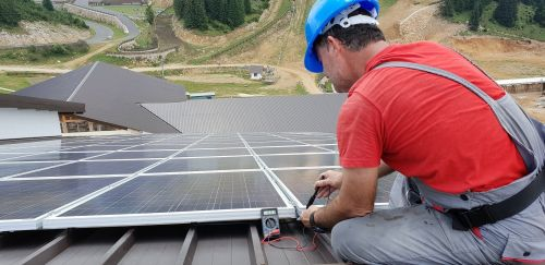 Tensions Flare as California's Solar Industry Waits for Key Ruling on Community Solar Market