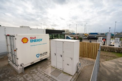 Shell Bets on Batteries for Ultra-Fast EV Charging